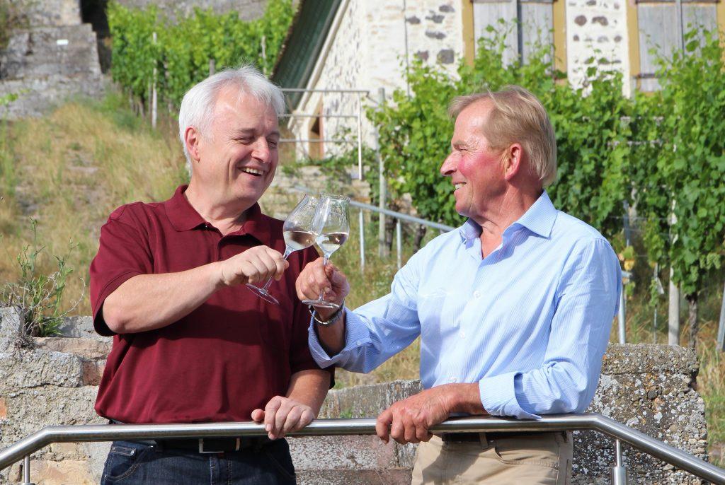 WeinNachbarn Joachim Heger und Andreas Stigler